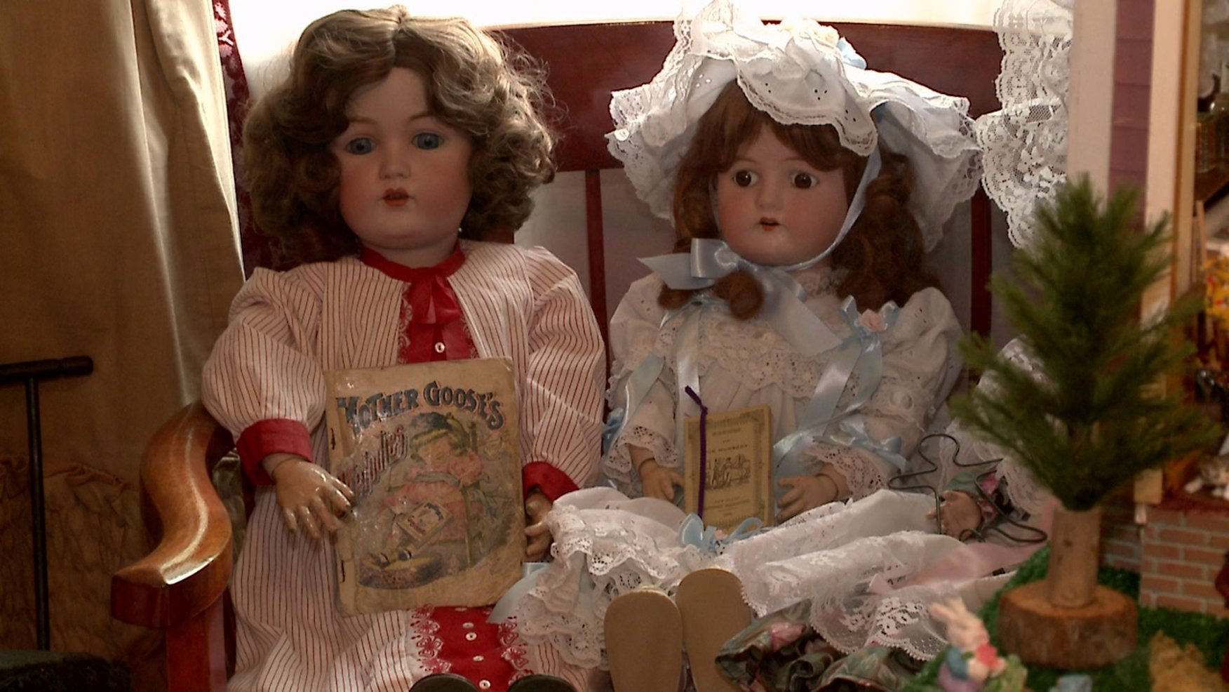 The Enchanted Moment - Doll Museum and Shoppe